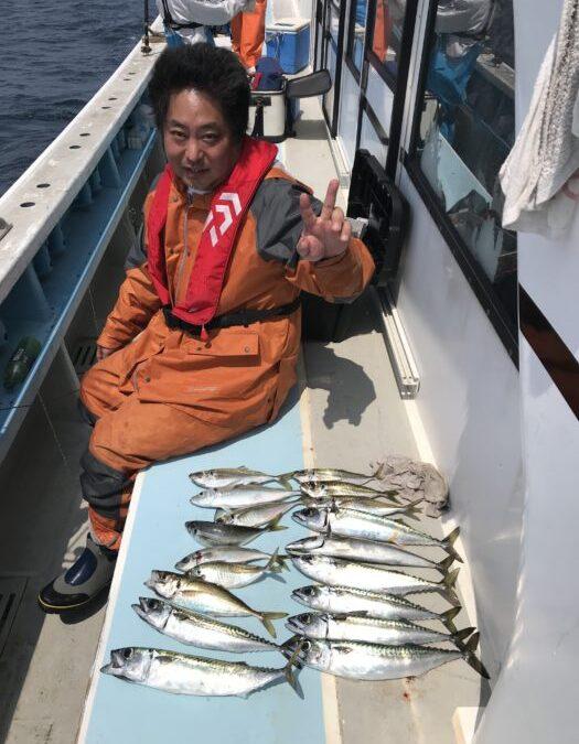 22日大山沖アジ、サバ釣り🎣